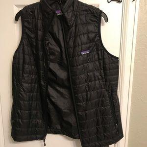 Patagonia Jackets & Coats - Patagonia Men's Down Vest- Size Large